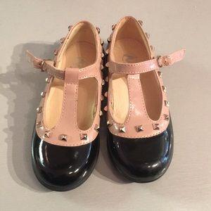 Naturino Patent shoes (euro) 25 US 8.5